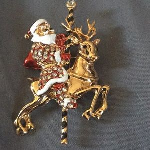 Women's Beautiful Christmas Pin